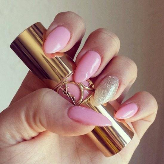 Coquetos Diseños para Uñas de color Rosa y Dorado