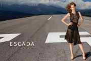 Catálogo con la Colección por Escada para Primavera y Verano 2015