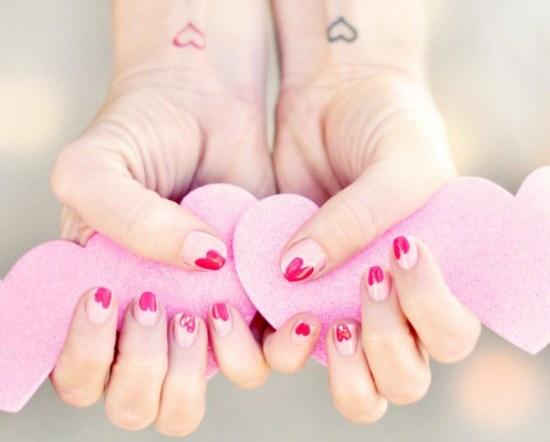 diseños uñas manicure corazones