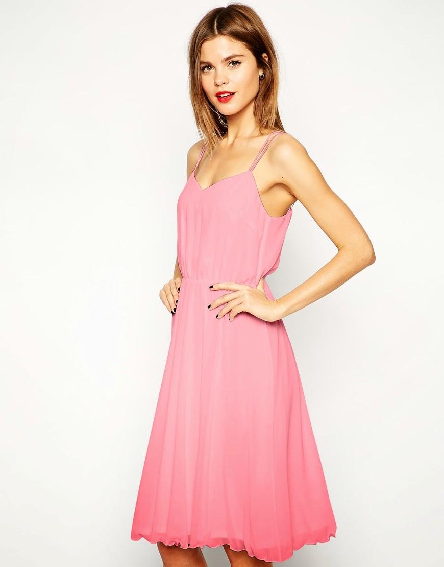 Vestidos de fiesta para una boda de día, hermosos modelos | AquiModa.com