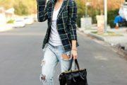 Más Outfits con Jeans Rotos a las Rodillas para estar a la Moda!