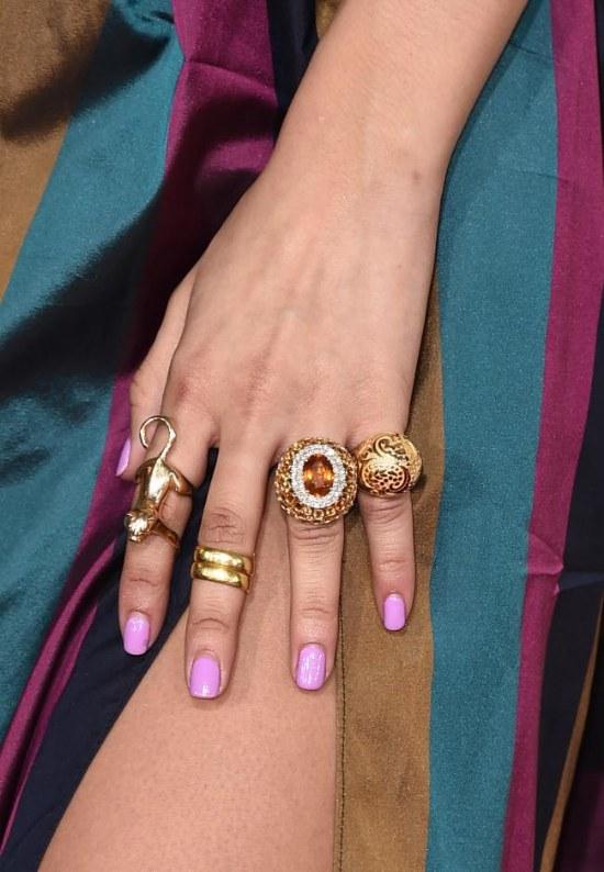 manicure uñas celebridades grammy