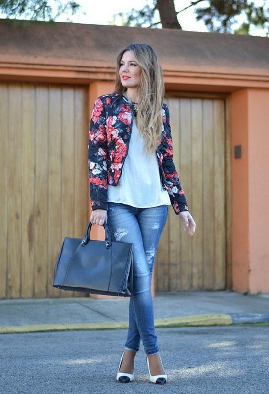 Completa Tu Look Y Outfit Con Un Blazer De Flores Para