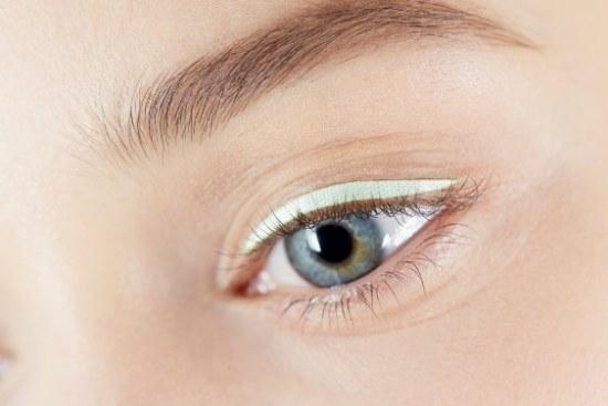 delineador pastel ojos dior