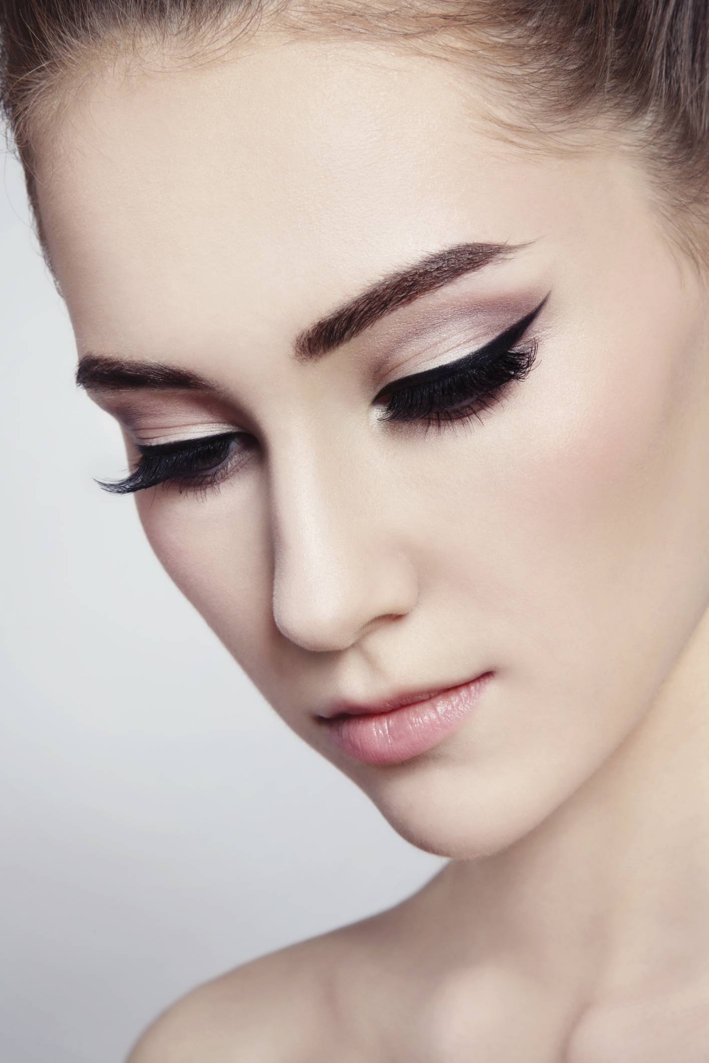 Maquillaje para Ojos look Cat eye