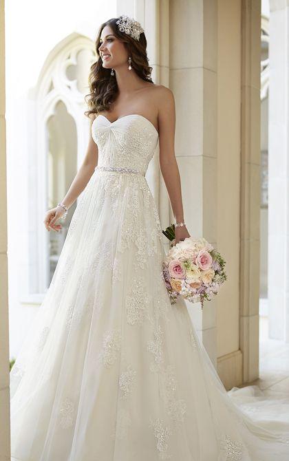 Encantadores y románticos vestidos para novias