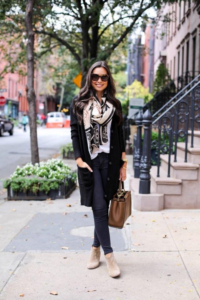 pantalones negros moda