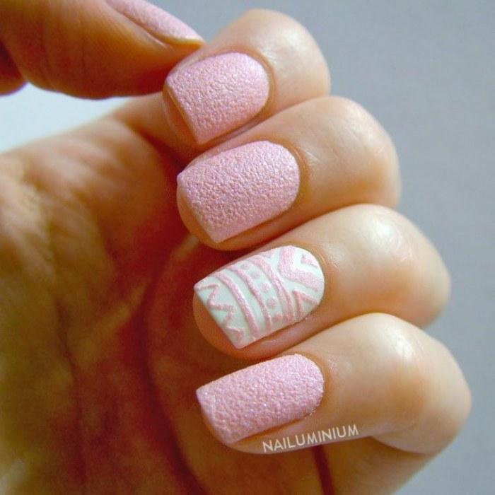 uñas color rosa
