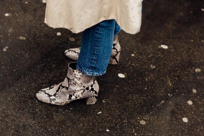 Te mostramos que lo que de verdad importa en los pantalones son los bajos y los zapatos